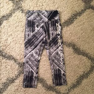 Soul Cycle x lululemon NYC cropped leggings